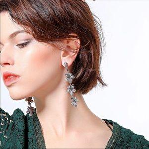 Crystal piercing Earrings